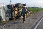 Перевернулась фура Volvo из-за лопнувшего колеса в Ростовской области