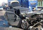 На трассе М-4 ВАЗ врезался в зерновоз КАМАЗ
