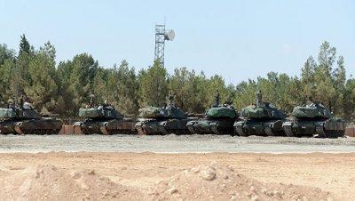 Генштаб Турции сообщил о потери связи с двумя военными на севере Сирии
