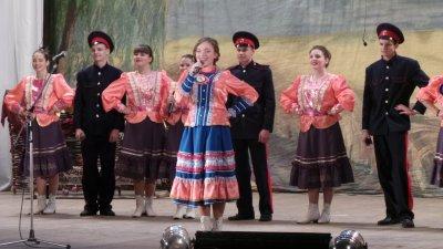 Районный конкурс «Юная казачка» прошел в Белой Калитве