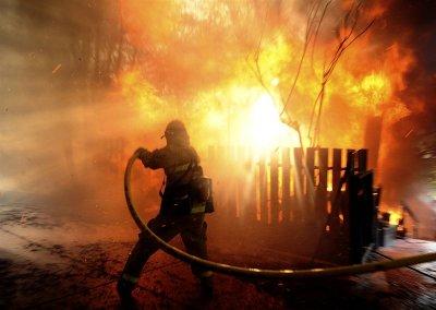 В г. Шахты произошел пожар в частном доме