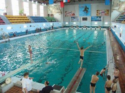 Суд вынес приговор инструктору, по вине которого в бассейне утонула школьница