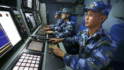 """В Китае назвали """"шумихой"""" действия США по задержанному подводному аппарату"""