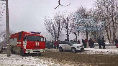 В Ростове горит лицей №14