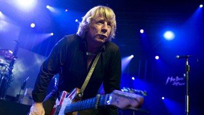 Умер гитарист группы Status Quo Рик Парфитт