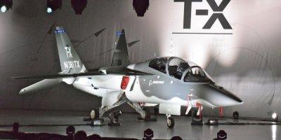 Истребитель следующего поколения Boeing T-X совершил первый испытательный полет