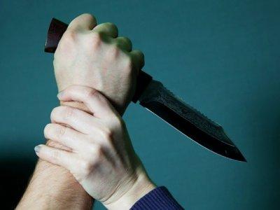 Мужчина из Ростовской области с ножом напал на сотрудника магазина