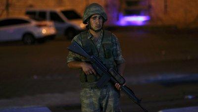 Греческий прокурор призвал не выдавать Турции двоих бежавших военнослужащих