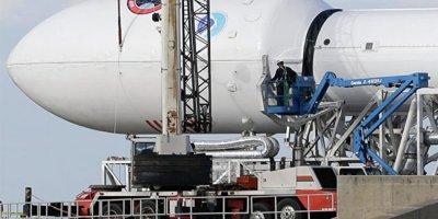 Ракета Falcon 9 вывела спутники на орбиту и совершила успешную посадку