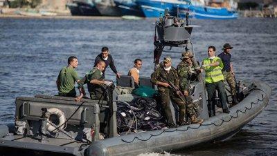 В Средиземном море в пятницу спасли около тысячи мигрантов