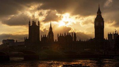 Британский парламент обсудит петицию за отмену визита Трампа 20 февраля
