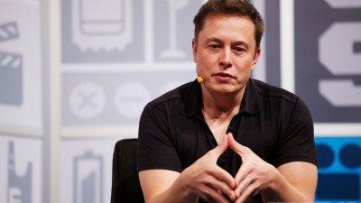 Илон Маск начал копать тоннель
