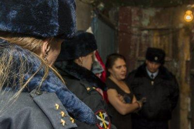 Житель Батайска украл из кассы магазина десять тысяч рублей