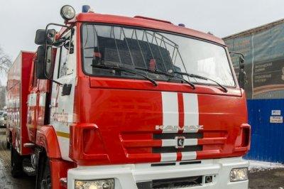 В Ростове 18 пожарных почти три часа тушили частный дом
