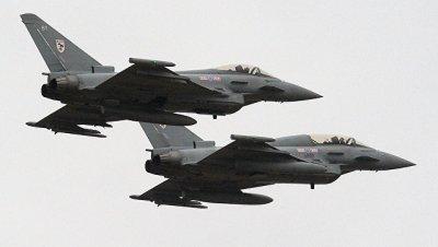 Британия подняла в воздух истребители для сопровождения российских Ту-160