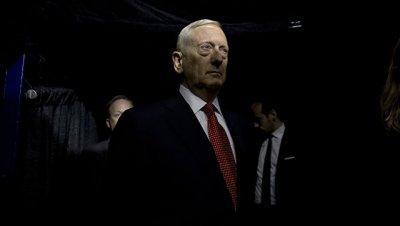 Отставка Флинна не повлияет на встречу с коллегами по НАТО, заявил Мэттис