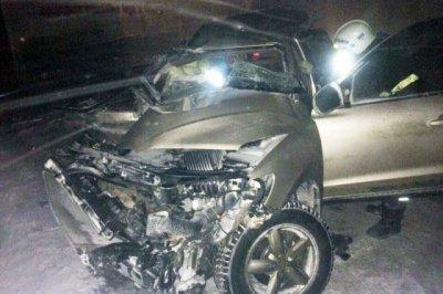 Девушка на Hyundai Santa Fe врезалась лоб в лоб в фуру на «встречке», погибли два человека