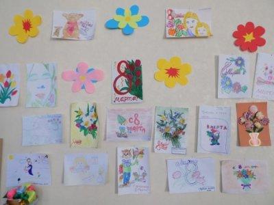 50 детей приняли участие в выставке, которую провели в ЦСО Белокалитвинского района