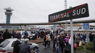 Во Франции задержали трех подозреваемых в нападении на военных в Орли