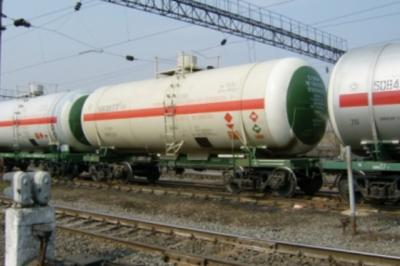 В Ростовской области пожилая женщина ударилась о вагон грузового поезда
