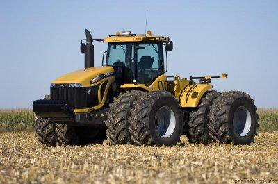 Во всех хозяйствах Белокалитвинского района начались весенне-полевые работы