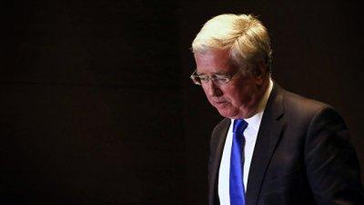Глава Минобороны Британии упрекнул РФ в
