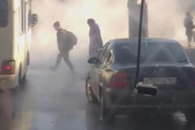 В Ростове 10 домов остались без отопления из-за прорыва теплотрассы