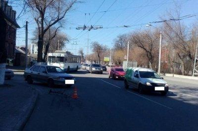 В Ростове водитель ВАЗа сбил пенсионера