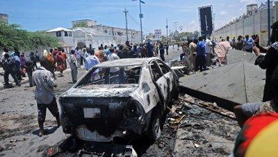 В Сомали на мине подорвался микроавтобус, погибли 14 пассажиров