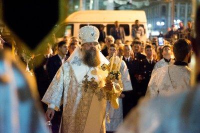 Ростовчане встретили Христово Воскресение Царь-пасхой и фейерверком: фоторепортаж