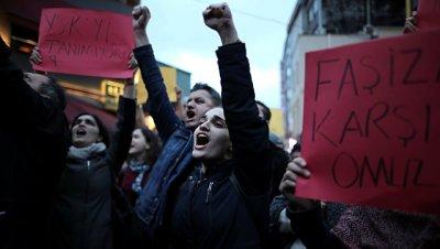 Турецкая оппозиция обжалует результаты референдума во вторник