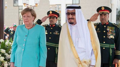 Меркель отказалась соблюдать дресс-код в Саудовской Аравии