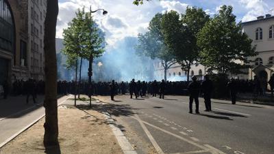 Шествие 1 мая в Париже, где произошли беспорядки, собрало 30 тысяч человек