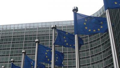 ЕК рекомендовала странам ЕС активизировать пограничные проверки на дорогах