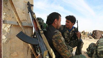 Курды ликвидировали 53 боевика ИГ* в сирийской Табке