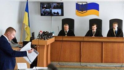 Януковича вызвали в киевский суд
