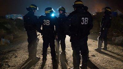 Полиция не подтверждает сообщения о стрельбе в Париже