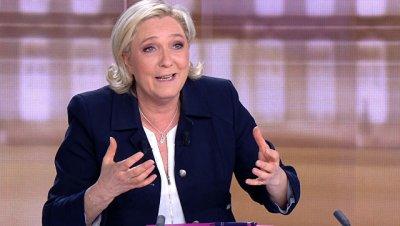 Ле Пен объявила Нацфронт ведущей оппозиционной силой во Франции
