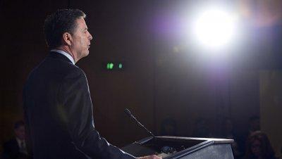 Коми действовал в нарушение субординации, сообщили в Белом доме