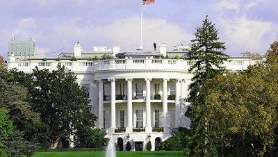 Белый дом удивлен тем, что демократы не празднуют увольнение директора ФБР Джеймса Коми, сказала журналистам представитель Белого дома Сара Сандерс.