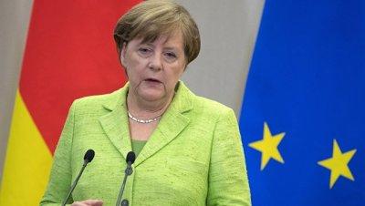 Меркель заявила после встречи с Макроном о совместных планах в отношении ЕС