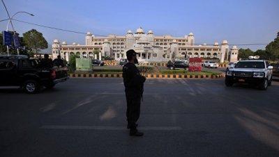 Исламабад выразил Кабулу протест из-за задержания пакистанских дипломатов
