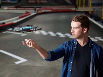 DJI представила свой самый дешевый и крошечный дрон