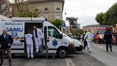 на севере Франции в ДТП с участием автобуса пострадали десять человек