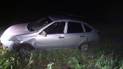 В Белокалитвинском районе перевернулся легковой автомобиль