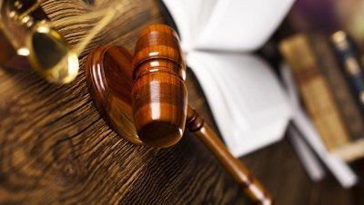 Водителя Porsche, не пропустившего скорую, будут судить за ложный донос