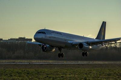 В сентябре возобновят авиарейсы из Ростова в Тбилиси и Баку