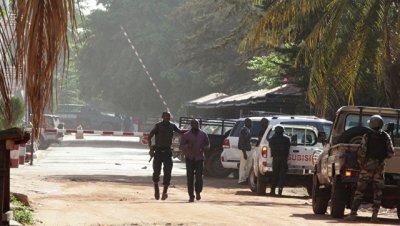 В Мали найдены убитыми восемь солдат, пропавших после атаки боевиков