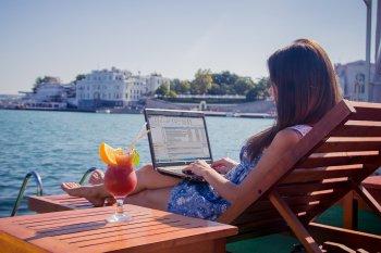 Работа в интернете - надёжный, проверенный временем партнёр