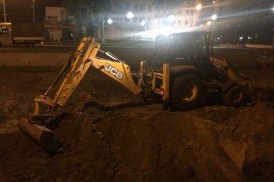 Жителям Ростова мешает заснуть по ночам шум от работы экскаватора